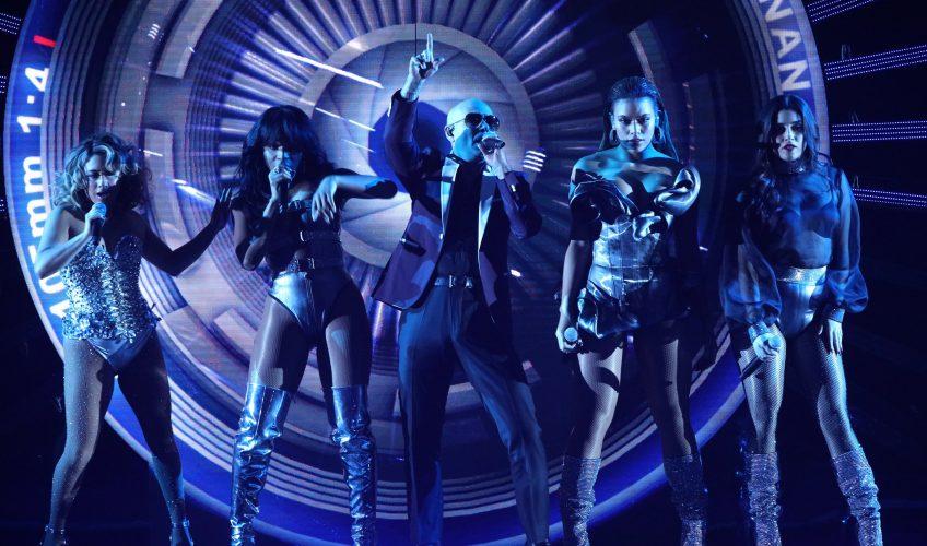 Pitbull και Fifth Harmony δελεάζουν με το video clip του «Por Favor»