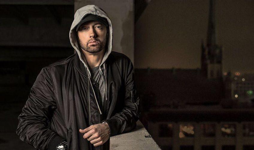 Eminem: Το «Revival» κατακτά την κορυφή με ιστορικό ρεκόρ