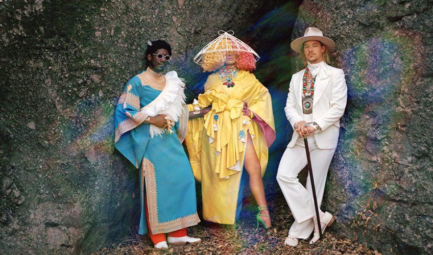 Ο Βρετανός Labrinth, η Αυστραλή Sia και ο Αμερικανός Diplo στήνουν τους LSD και κάνουν ντεμπούτο με ένα «Genius» τραγούδι.