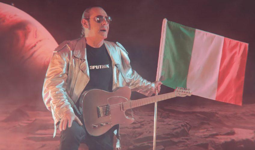 Sputnik είναι ο τίτλος του νέου άλμπουμ του μεγάλου Ιταλού superstar Luca Carboni