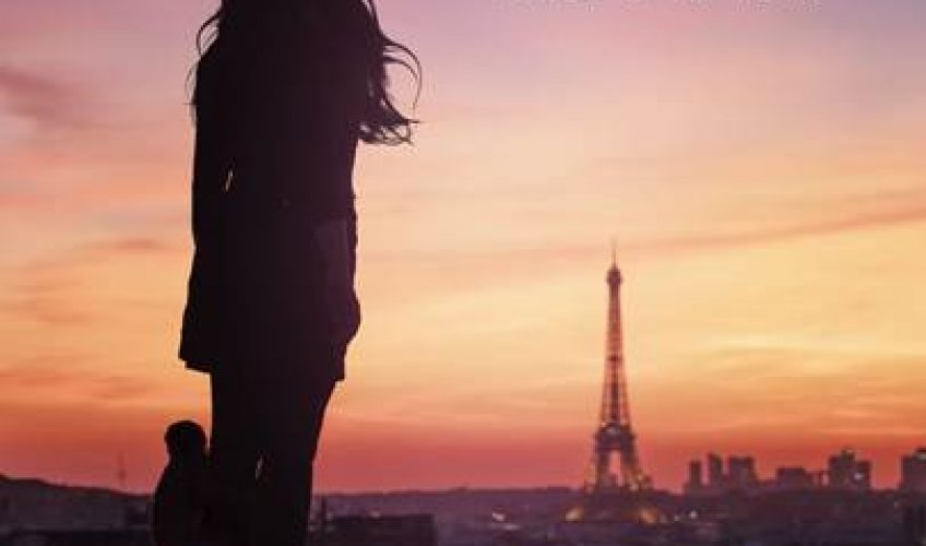 H ιδιαίτερη τραγουδίστρια από τη Γαλλία, η Indila, κυκλοφορεί το πρώτο της single από το πολυαναμενόμενό της καινούργιο album.