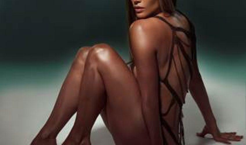 """Μια από τις πιο hot παρουσίες στον καλλιτεχνικό χώρο παγκοσμίως, η Jennifer Lopez παρουσιάζει το νέο της single """"Baila Conmigo""""."""