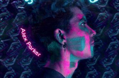 """Γνωστός ως ένα από τους νεότερους και πιο ταλαντούχους DJs και MCs στην Ευρώπη, ο Alex Parker παρουσιάζει το single """"Sneakers & Weed""""."""