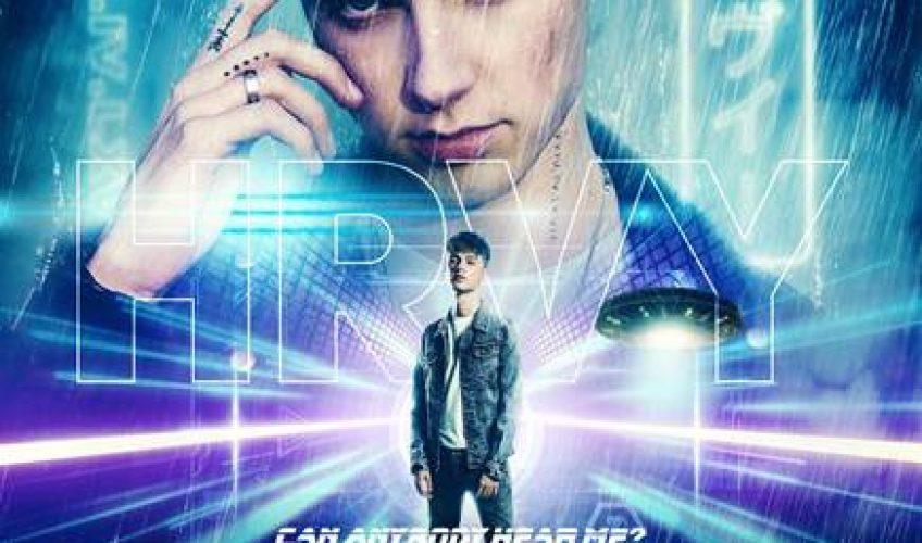 Ο 21χρονος Βρετανός popstar HRVY, που είναι ιδιαίτερα αγαπητός και στην Ελλάδα, ανακοινώνει τη κυκλοφορία του ντεμπούτου του άλμπουμ με τίτλο 'Can Anybody Hear Me?'.